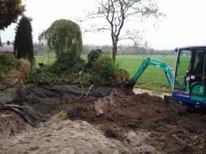 Tuin afgraven minigraver